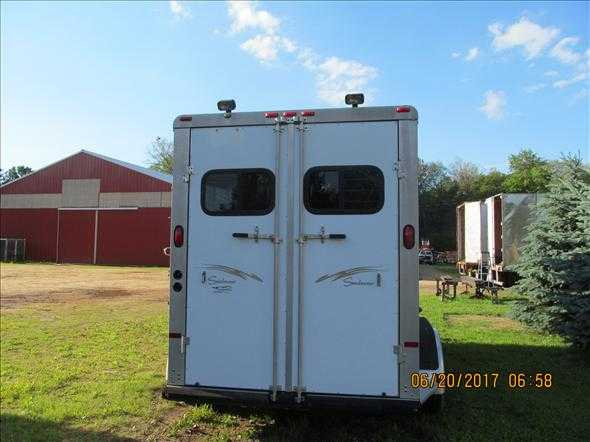 2000 Sundowner 2 Horse Trailer