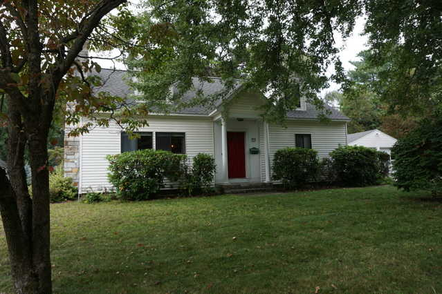 Four Bedroom Nashua Home For Rent